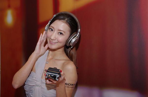 Sony 耳擴一體機 PHA-2 台灣售價公佈,為 16,500 元