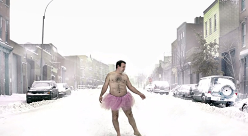 換上芭蕾舞裙的超級英雄,中年大叔用愛博癌妻一笑
