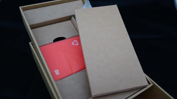 【純開箱】紅米 - CP 值爆表,9 分 50 秒萬台搶購一空