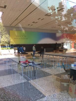 WWDC 2014 場地貼上海報, Apple 將會串流直播 [圖庫]