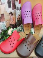 《完美比例》百年不敗款洞洞俏麗伯肯前包鞋~5色