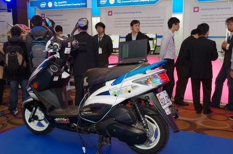 Intel 實驗室與台灣產學合作,演示雲端、記憶體到物聯網研究成果