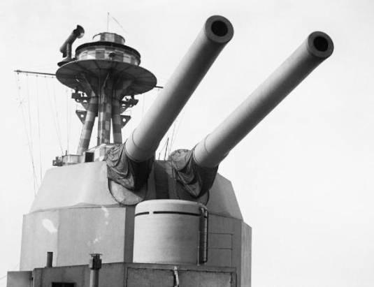 一圖解釋船艦炮彈裝填擊發過程