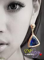 DV辣妹時尚 K0203E 性感復古風藍寶石三角耳環