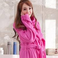 床之戀 台灣精製多用途超輕保暖纖維暖人袖毯浴袍 桃紅
