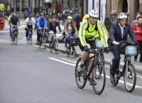 測試發現反光衣不會改善單車友安全