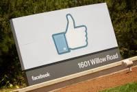 朝推特看齊,臉書正努力成為用戶的「新聞台」?
