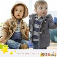 魔法Baby~厚款牛角釦保暖內羊羔絨寶寶連帽外套 駝 深灰 ~童裝~男童裝~時尚設計童裝~k2671