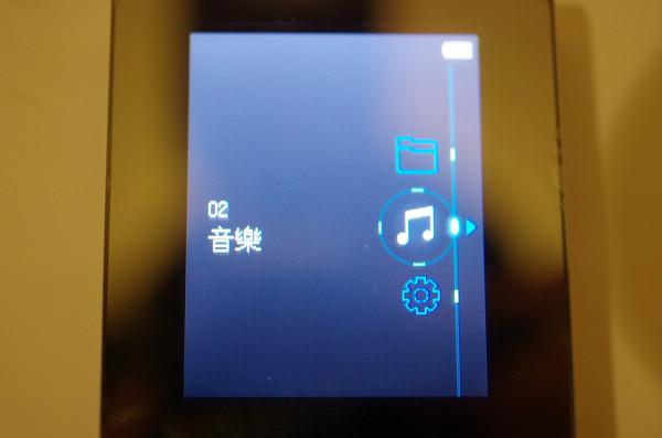 去除多餘元素僅求音質, HiFiMAN HM700 + RE400B 音樂播放套組動手玩