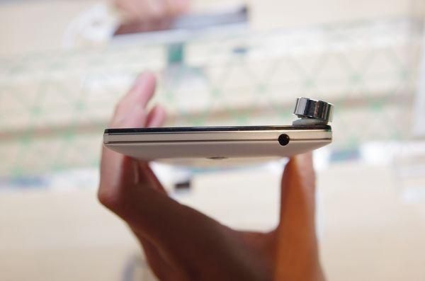 具 2K 螢幕與專利高速充電技術, OPPO Find 7 在台推出