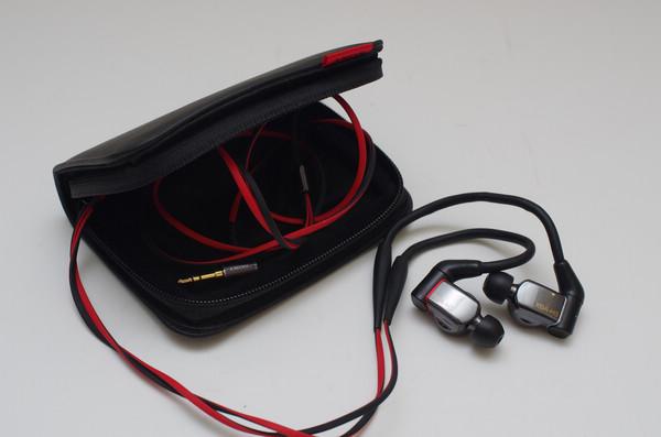 融合 Sony 悠久動圈技術與全新平衡電樞單體的混搭耳道, Sony XBA-H3 圈鐵混合耳機動手玩