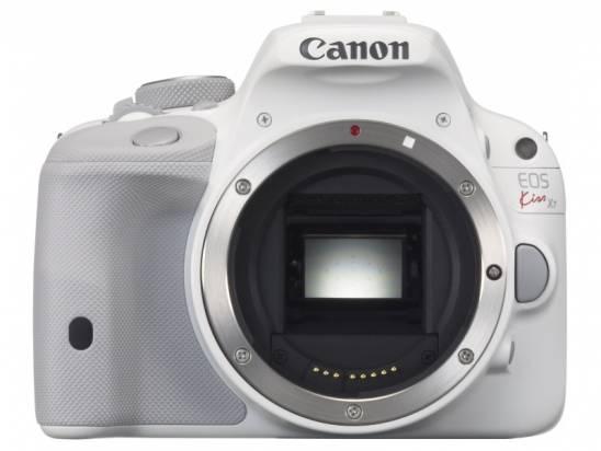 Canon 在日本發表白色 EOS Kiss X7 雙鏡套組