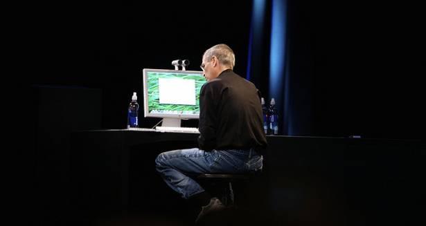 回顧巨人,來看賈伯斯如何靠iPad啟動平板市場活水!