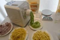 豆漿機 麵包機之後……,難道是製麵機了嗎?九陽製麵機簡單動手玩,親自製作麵感覺更心安