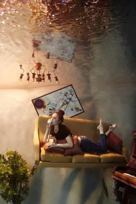 The Flood – 水中的夢幻實景