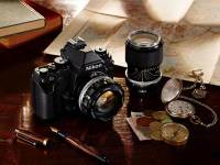 Nikon Df現身,高質感價位不低,沒有錄影能力。單機身要價2750美元,含鏡頭為2999.95美元。台灣單機身82900元,含鏡頭為89900元。