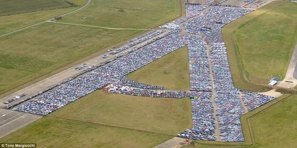 現代世界奇觀︰賣不出的汽車就在這裏