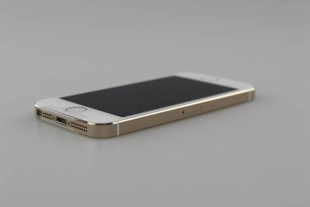 iPhone 5s 金色 感動開箱 美的冒泡