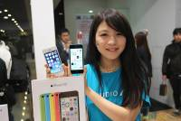 iPhone 5S 5C今開賣,必看三大要點懶人包 含規格 資費 開賣現場報導