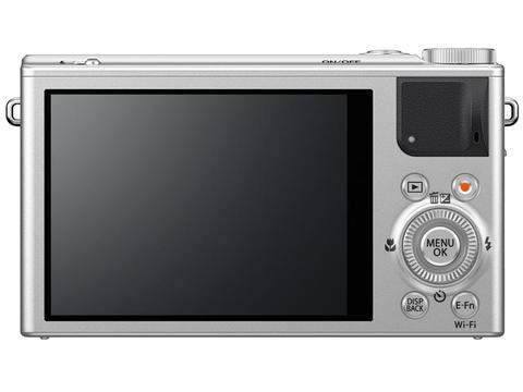 富士再添 X 家族隨身機新成員,採用 2/3 吋 X-Trans CMOS II 的 XQ-1 登場
