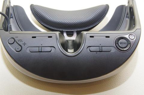 個人劇院再進化,強化遊戲與商旅應用的 Sony HMZ-T3W 在台發表