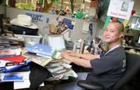 桌面亂就是辦事效率低?名人工作環境大點名