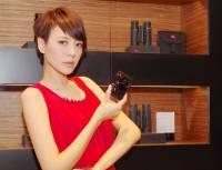 由 Audi Design 設計師操刀的精品相機, Leica C 在台推出。