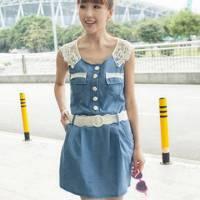 時尚伊人 韓版時尚蕾絲拼接修身背心牛仔洋裝連身裙 附腰帶 -S M L