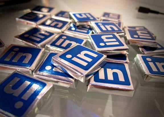 厭倦臉書、Twitter上的惱人發言?讓LinkedIn作你的社交網站吧!