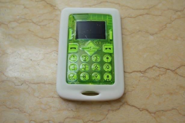 【評測】Card Phone CM1-AQUA —— 真正達到實用的防水名片機
