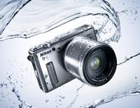 無須潛水殼! Nikon 推出史上第一款防水且抗衝擊的可換鏡頭相機 Nikon 1 AW1