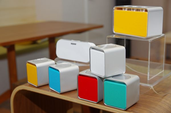 Rapoo 推出多款時尚無線周邊,強打十款香檳金配色產品