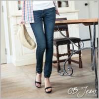 『0822新品 細腿名模~嚴選韓版質感水洗刷紋彈性深藍窄管牛仔褲』