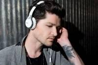 Sony 於 IFA 發表 MDR-10 小耳罩耳機以及 XBA-H 圈鐵混合耳機