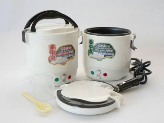 車廂專用電鍋隨時洗米煮飯