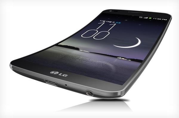 繼續為展示曲面 LED 顯示技術而生,傳 LG 將在 2015 年初推出 G Flex 2