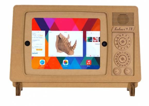 懷舊科技與最新科技的相遇~古早電視造型iPad紙板立架