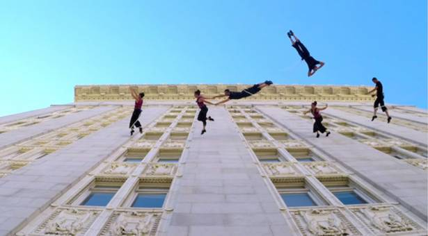 又ㄧ Go Pro 神作!超級夢幻優雅的牆上華爾茲表演