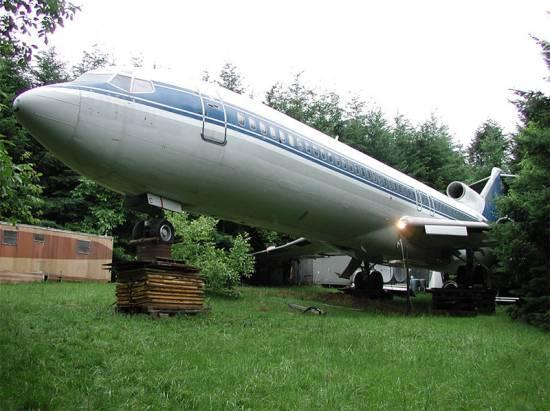 誰說飛機不能住人,這架飛機就是我的家!