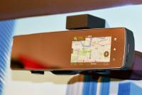Pioneer 在日本展出搭載 LTE 的行車輔助魔術後照鏡