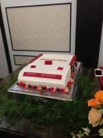 這一定是紅白機遊戲迷的婚禮不然怎麼這麼有梗…