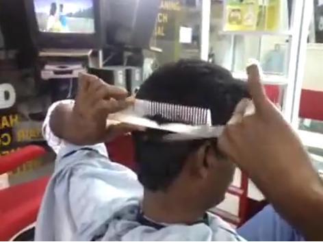 印度自宮頭髮神技