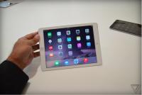 土豪金 iPad Air 2 動手玩