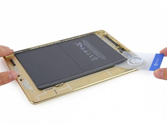 iPad Air 2 開箱拆解: 電池明顯縮小了! [圖庫+影片]