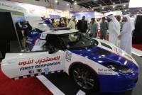 杜拜好多錢 救護車都要用 Lotus 超跑