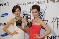 主打全球首款背照式 APS-C 元件,三星專業級無反光鏡可換鏡頭相機 NX1 在台推出