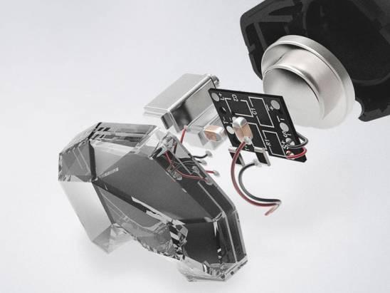 天天動聽第二款耳機 T2 公布,採用圈鐵混合結構