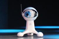 CES 2015:Mercedes Benz 的自駕車發表會最吸睛的不是車,是大眼睛 Cambot!
