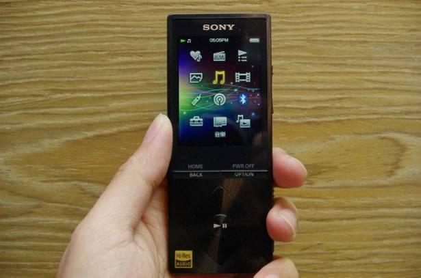 五臟俱全的輕 Hi-Res 隨身播放器 , Sony Walkman A15 動手玩