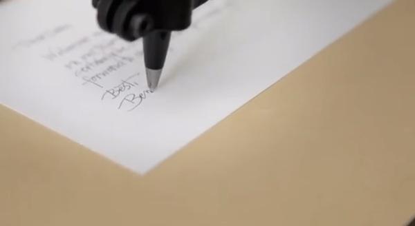 漂亮的字不用自己寫,英文草寫字體機器人